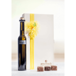 Chriesi flower with Zuger Kirsch - Aeschbach Chocolatier