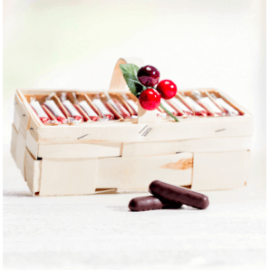 Spankörbli with cherry stems - Aeschbach Chocolatier (500g)